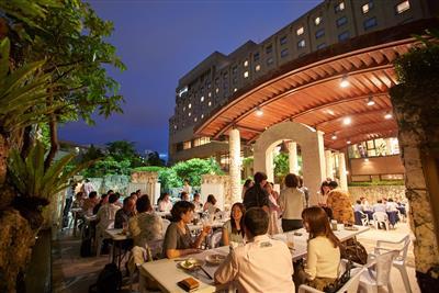 今年もオープン!沖縄ハーバービューホテルの夏の風物詩「プールサイ