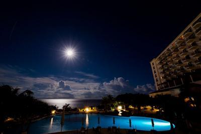【日程限定】ホテル日航アリビラで開催される、夜の潮干狩り「イジャ
