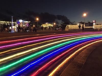 与那原のクリスマスを彩る、与那古浜公園でのイルミネーション