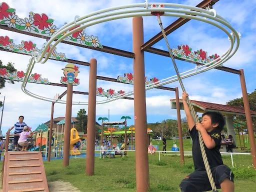 公園10選】おでかけスタッフが厳選!沖縄県内の遊具も充実した人気公園 ...