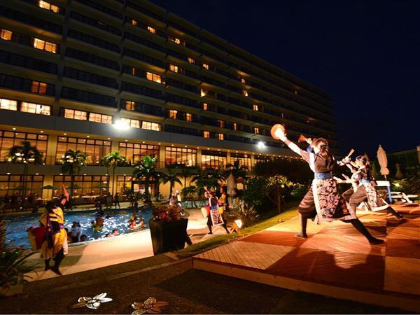 熱い演舞を披露!サザンビーチホテル&リゾート沖縄で「サザンフェスタ in サマー」が開催