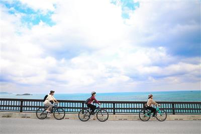 車で行ける離島「浜比嘉島」でサイクリング♪自然に触れる体験&うる