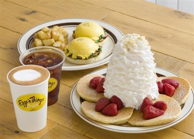 沖縄初上陸!ハワイアンフードをカフェスタイルで楽しめる「Eggs