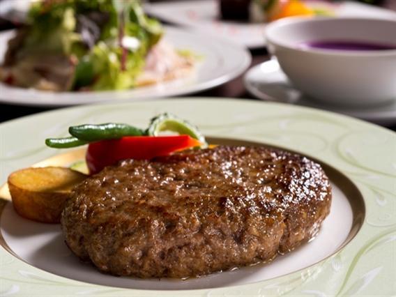 県産牛とあぐー豚のハンバーグ・ステーキ