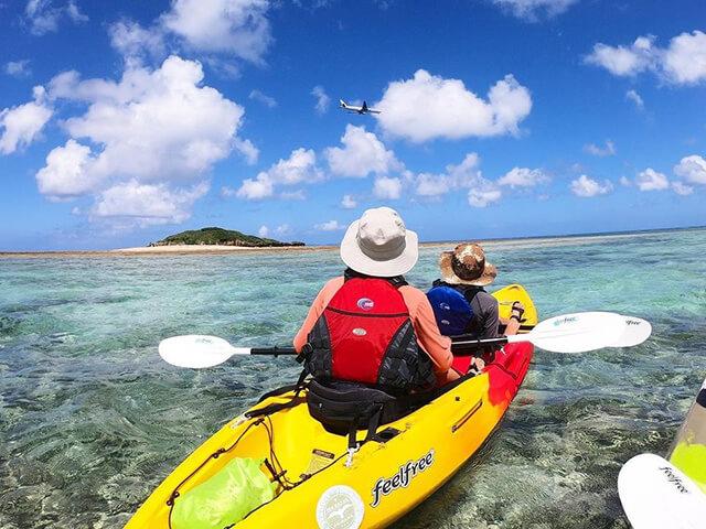 \カヤックで行く/古代のクジラが眠る島「ウカハ島」上陸ツアー!約100万年前のクジラの化石が見れる!